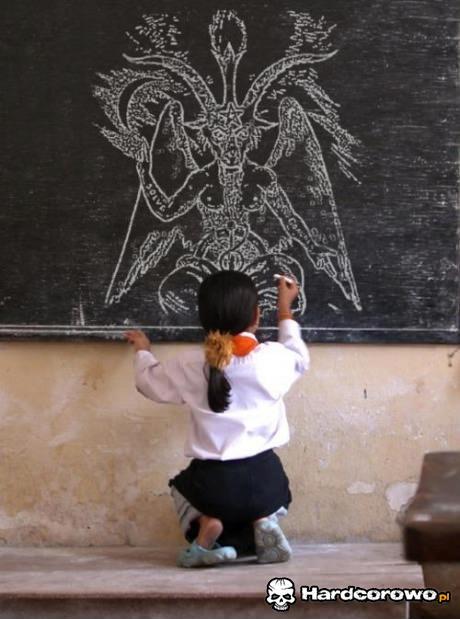 Szatan na tablicy - 1