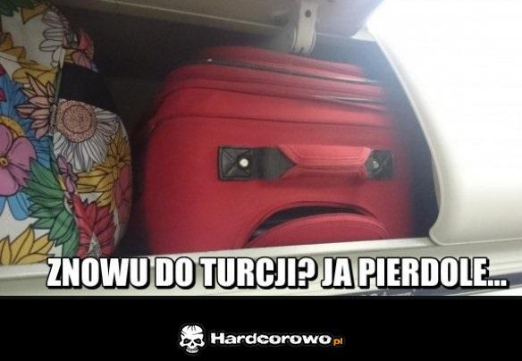 Znudzona walizka - 1