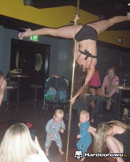 Dzieci striptizerek - 1