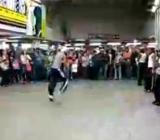 Wypadek podczas zawodów w breakdance