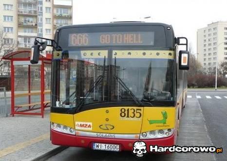 Autobus do piekła - 1