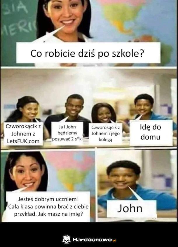John świeci przykładem - 1