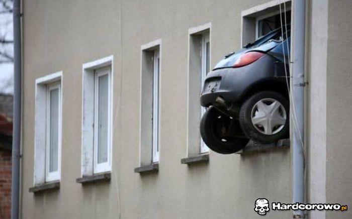 Do wynajęcia mieszkanie z miejscem parkingowym - 1