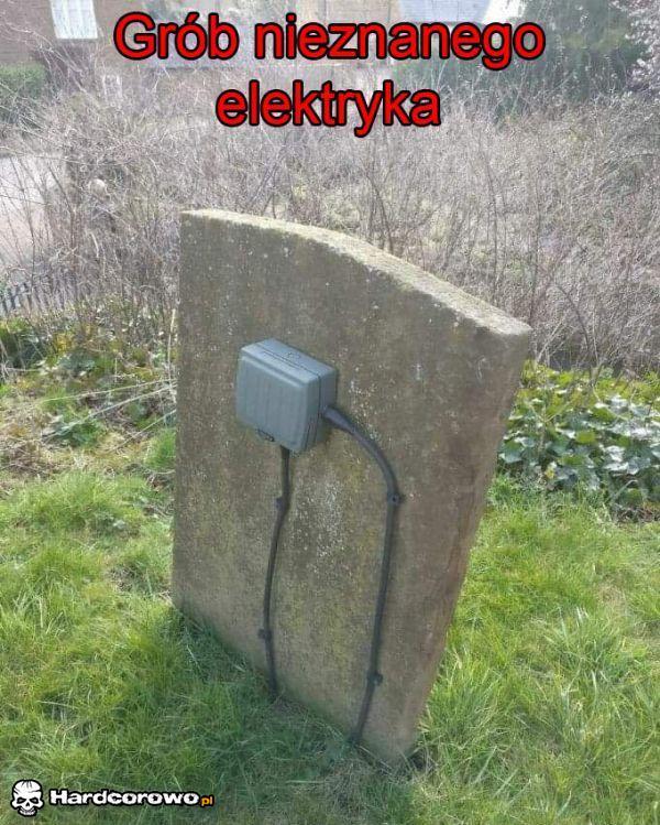 Grób nieznanego elektryka - 1