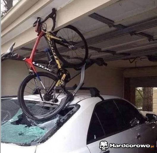 Zapomniał o rowerze - 1
