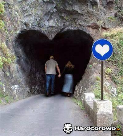 Tunel miłości  - 1