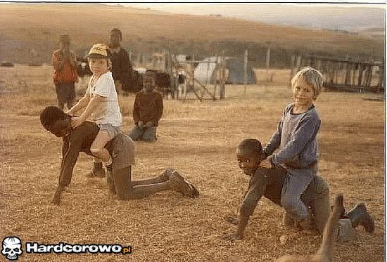 Pamiątka z wakacji w Afryce - 1